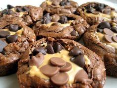 Mmmmmm. Peanut Butter Cup brownies.
