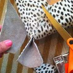 How to Upholster Corners. Great step-by-step photos!