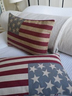 american flag vintage pillow, love this.
