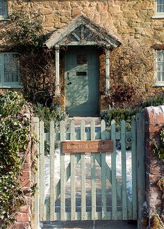 """*Rose Hill Cottage from the movie """"The Holiday""""  -  from Chris' """"Cottages and..."""" board.  Beautiful cottages from around the world."""
