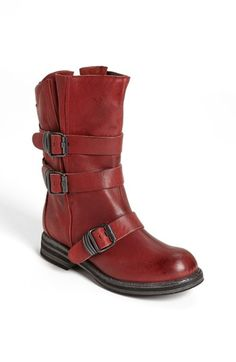 slipon boot, shoe