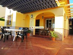 3 bedroom Villa for