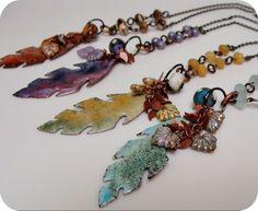 bead, leav, feather necklac
