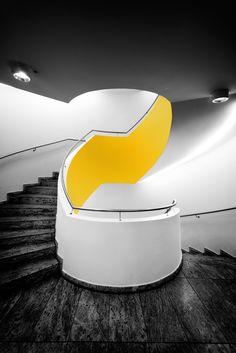kentson:  Architecture (interior) car girls, stairway, architecture interiors, beauty, yellow, egg, black, design, interior walls