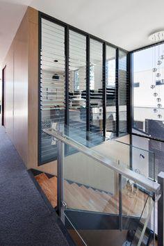 Window inspirations on pinterest modern staircase for Jalousie window design