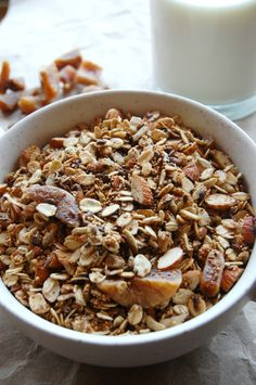 Homemade amaranth flaxseed granola with figs | Naive Cook Cooks