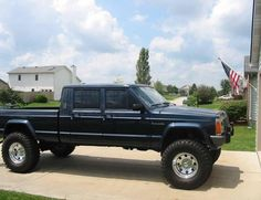 Woah car, jeeps, 4x4, jeep cherokee, jeep comanche, truck, jeep thing, crew cab, door comanch