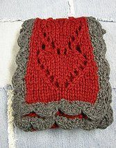 queens, crochet, queen of hearts, craft idea, knit scarves, heart scarf, yarn, knit patterns, scarf patterns