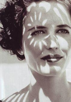 Beautiful Eva Green - framed by light & shadow