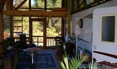 RV enclosed porch