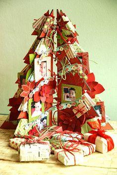 Christmas tree mini album!  Have to make this.