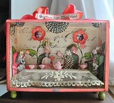 Wonderland in a cigar box