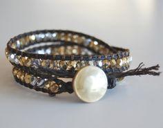 Beaded bracelet tutorial. #crafts #DIY #jewelry