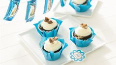 Chocolate Almond Joy Cupcakes from Cooking Club.