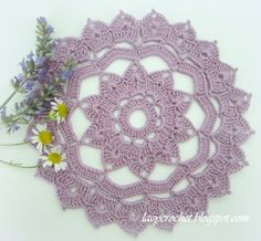 Doily of the Week #22 with link to free pattern - Lacy Crochet Blog