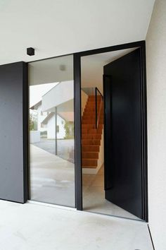 Nice! Glass without frame. Floor inside runs outwards ... #floor #frame #glass #inside #outwards #without