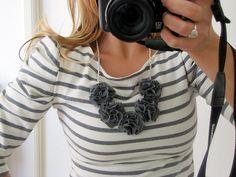 pom pom bib necklace tutorial