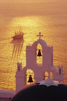 Santorini love.