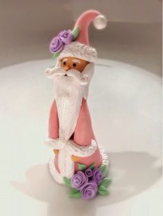 Pink Santa Claus in polymer clay by fizzyclaret