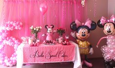Minnie Mouse Party #minniemouse #partytable
