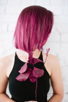 Join the Hollywood hair trend with purple hair! Vidal Sassoon London Lilac is the perfect hue of lilac, lavender, purple....all in one.