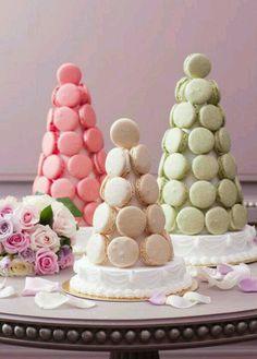 LADURÉE Macaron Cakes