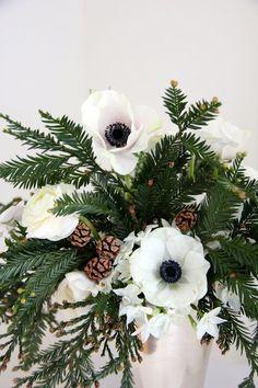 winter bouquet, anemone season, bouquets, winter centerpieces, winter flowers, gorgeous winter, wedding centerpieces, floral, christmas flowers