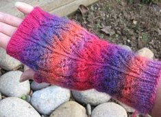 Mini Mochi Jasmine Lace Fingerless Mitt pattern - Crystal Palace Yarns - free kn itting pattern