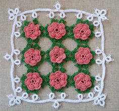 Test your with this elegant doily as beautiful as a bouguet of fresh roses!  I made this kit in the technique of cro-tatting.  Cro-tatting is an intriguing fusion of crochet and tatting.  Design by Elizabeth Ann White.