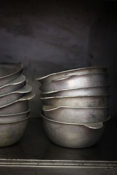 tin bowls (collection)
