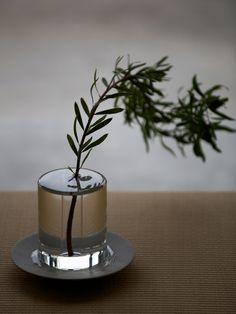 puddle flower vase by critiba, japan.