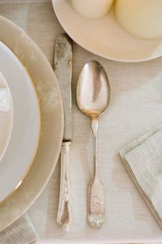 interior design, table settings, rustic look, cutlery, antique silver