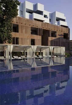 Raas, Jodhpur, Jodhpur, 2010 http://bit.ly/zChSOT #architecture #design #archilovers #swimmingpool