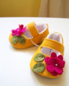 baby shoes - picture only