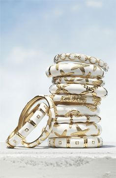 Bangles in white and gold
