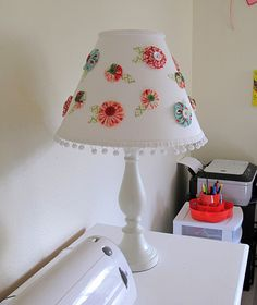 yo yo lampshade | Yo-yo Flowers Lampshade | Flickr - Photo Sharing!
