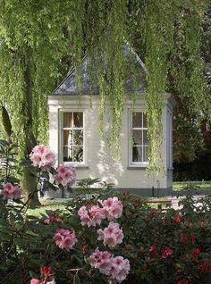 garden retreat, little houses, little gardens, garden cottage, pretti, antiqu, garden houses, dream cottage, little cottages