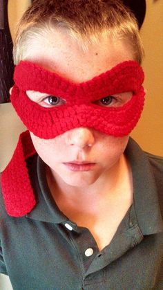 Ninja Turtle Mask - Free Pattern To print the instructions, at the end of the photos is a link to make a print of your choice, PDF, text only, etc. See: clean print with leaf icon