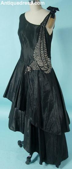 Robe de Style Jeanne Lanvin, 1920s Antique Dress