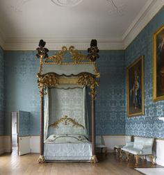 18th century bed in the State Apartments, Kedleston Hall, Derbyshire