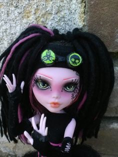 OOAK Cyber #Goth Monster High Doll by PrettyPistolDesigns1 on Etsy, $170.00