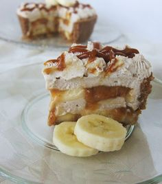 Mini Raw Banana Cream Pie @FragrantVanillaCake