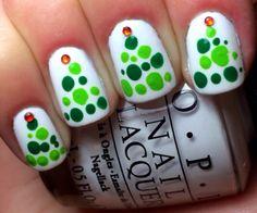 alpin snow, christma nailart, christmas nails, christma tree, snow tree, dot tree, christmas trees, opi addict, nail art