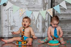 twin, session idea, match cake, background, cake smasher, smash idea, smash cake, cake session, cake smash photography