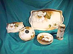 RS PRUSSIA (GERMANY) SEVEN PIECE DRESSER SET INCLUDING HAT PIN HOLDER