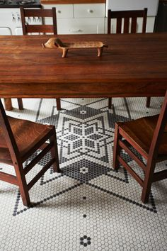 Hats off to the Milliner Guesthouse in Hudson, NY with Vintage Tile Work