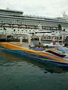 Super Boat MTI New York Giants.49 foot.