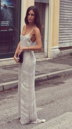 Beauty in fashionably fashionable gown/dress...   Gorgeous!