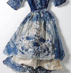 indigo, valeri hammond, dream dress, blue fashion, paper dresses