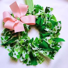St. Patty's Day wreath - I'd do a gold bow not a pink one